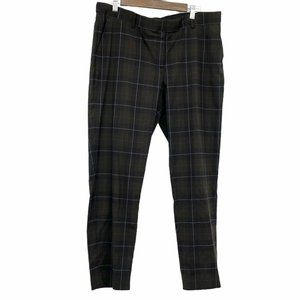 💜 5/$25 - Dark green plaid ankle length pants